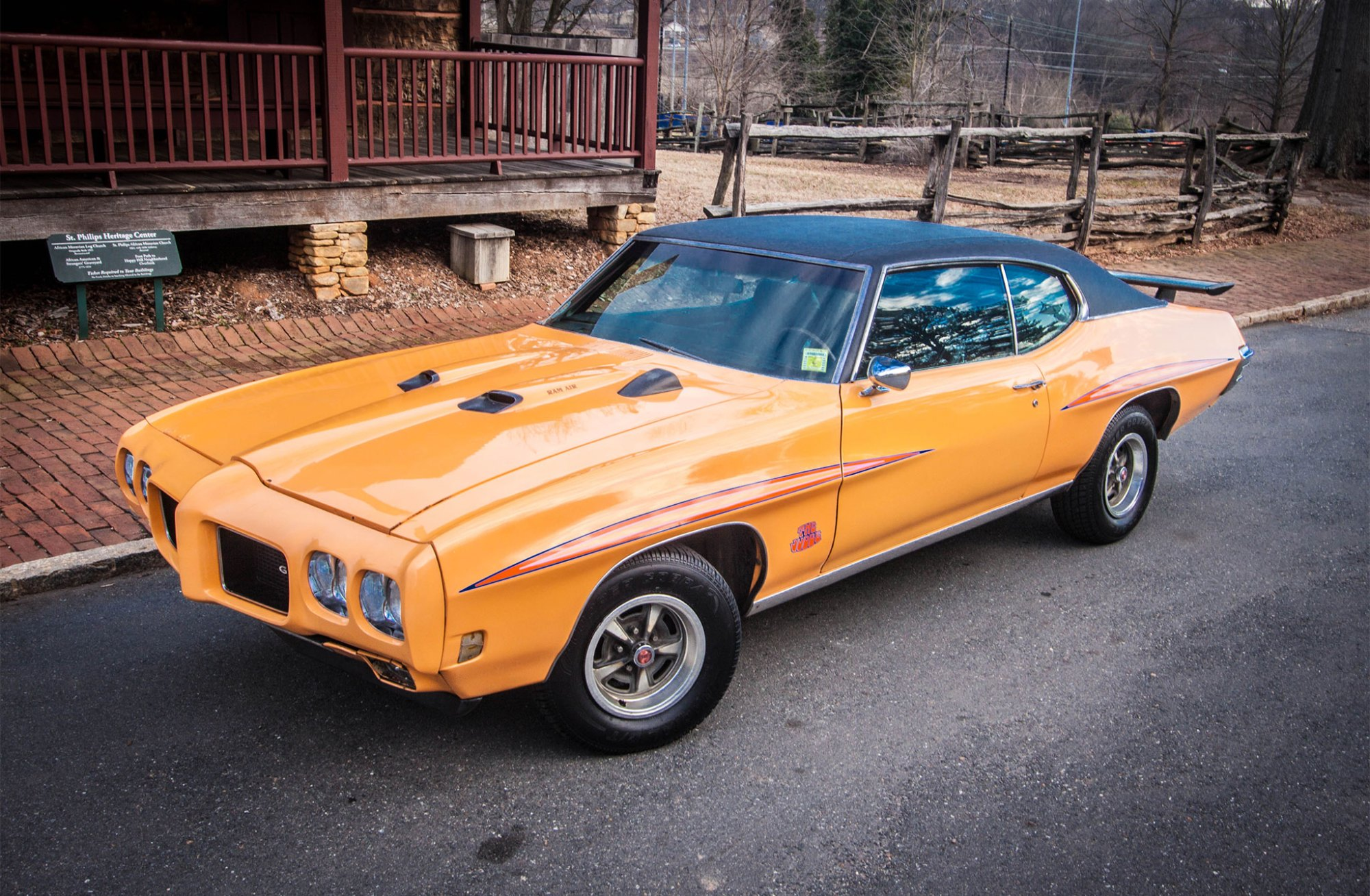hight resolution of 1970 gto judge