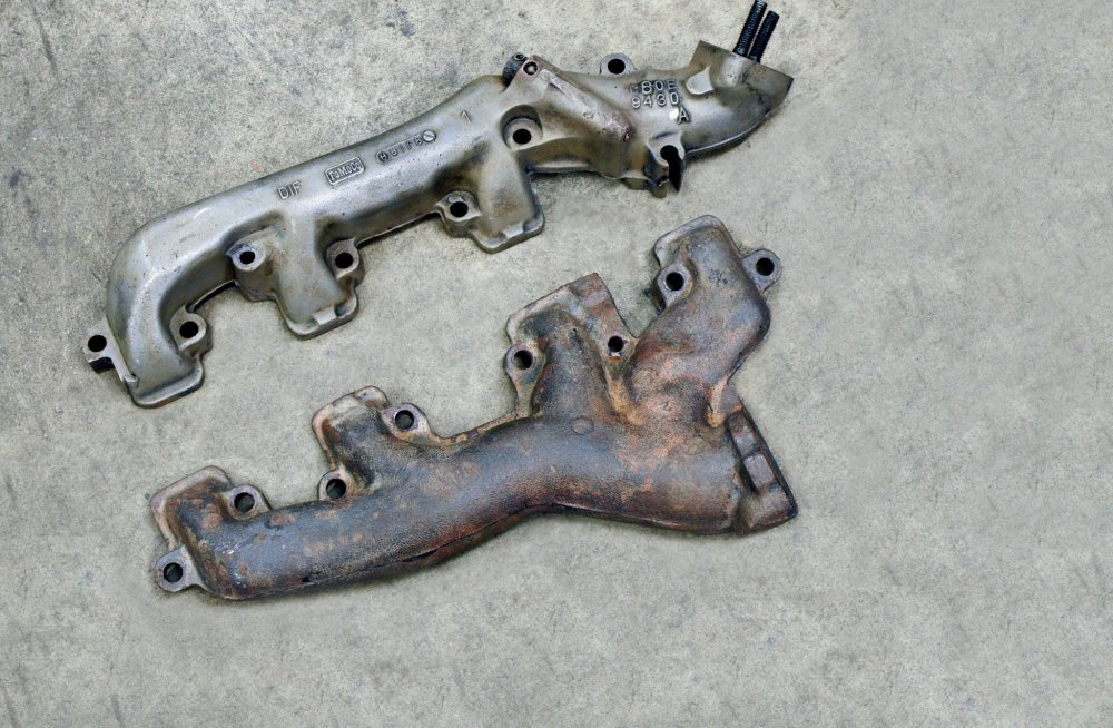 medium resolution of dimensionally identical to the shelby 428 the 390 mustang exhaust manifolds were used on all 67 g t 500s except for three cars ordered with the 427 side