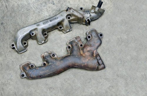 small resolution of dimensionally identical to the shelby 428 the 390 mustang exhaust manifolds were used on all 67 g t 500s except for three cars ordered with the 427 side
