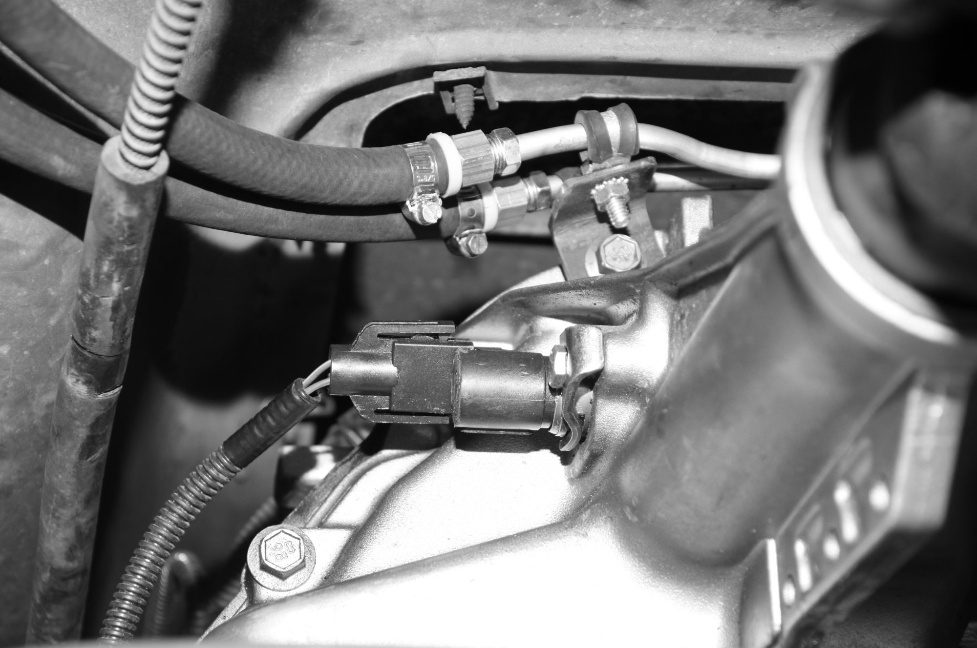 hight resolution of 1973 ford f 350 transmission lines connecting to the transmisison cooler and filter