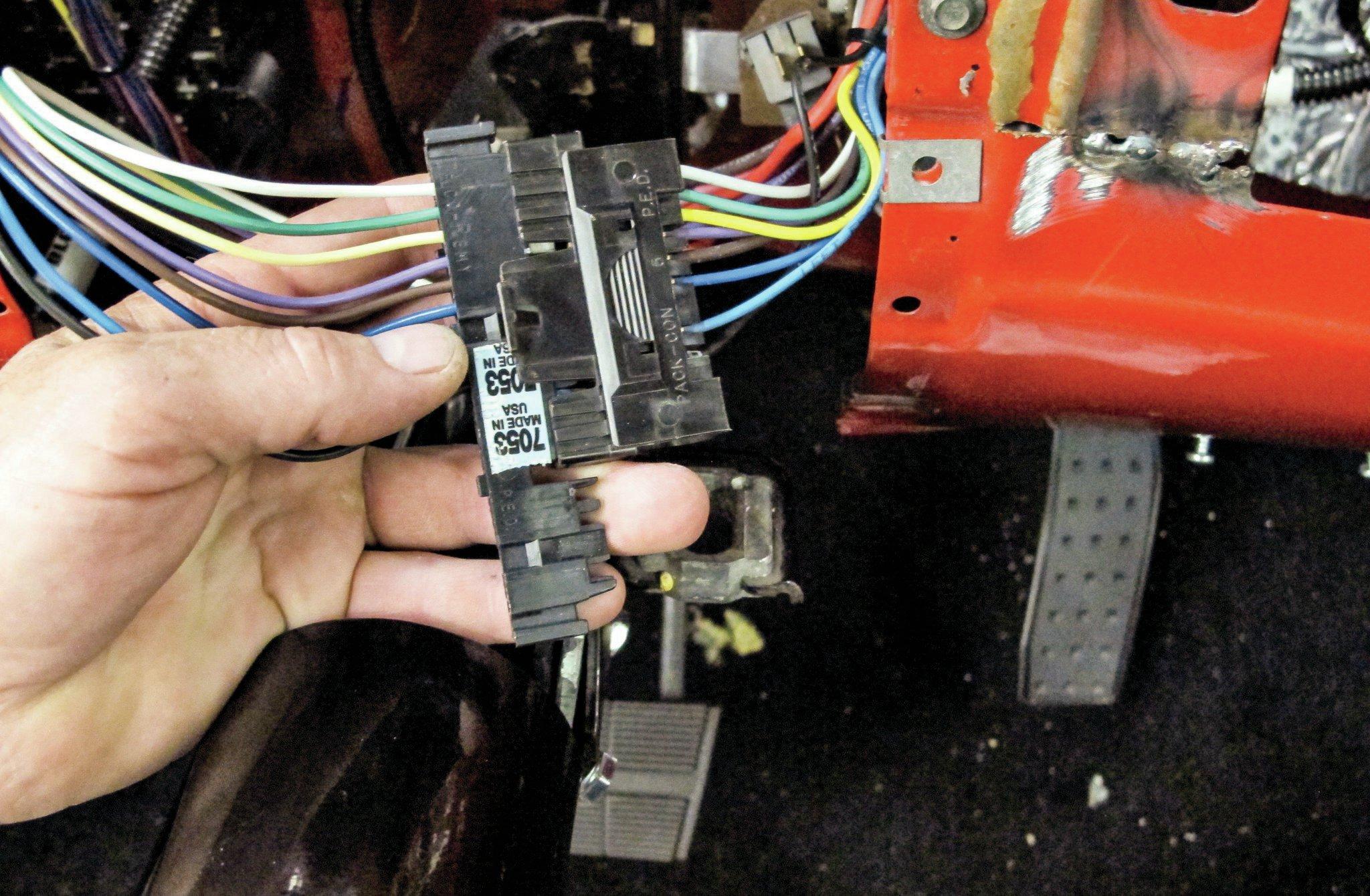 1985 c10 wiring harness wiring diagram centre 1985 c10 wiring harness [ 2048 x 1340 Pixel ]