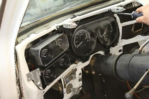 small resolution of 08 rebuilding a 1973 1987 c10 dash