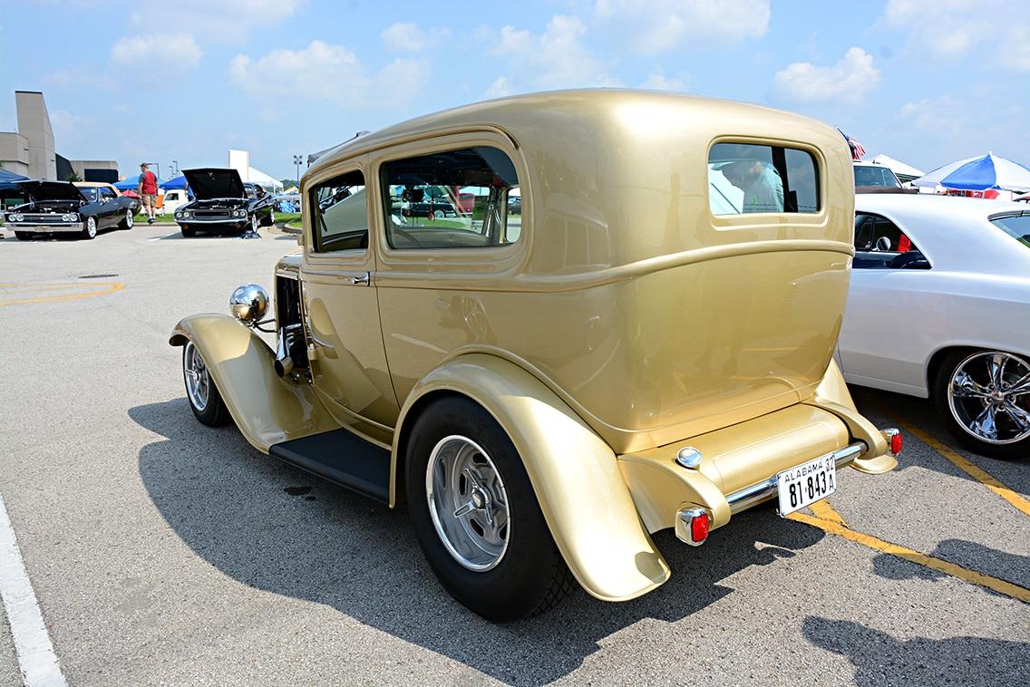 1932-ford-sedan3