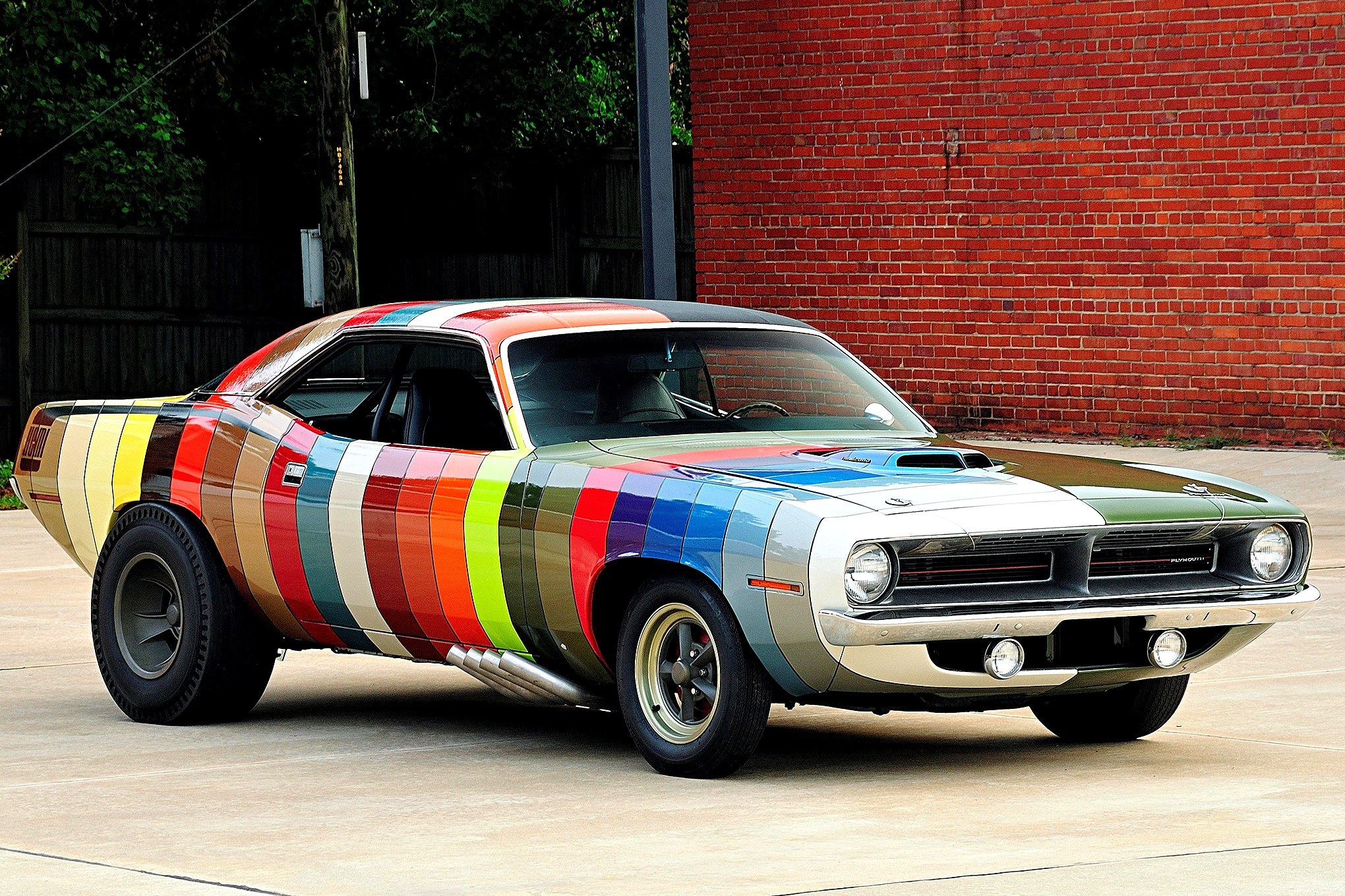 1970-plymouth-barracuda-stripe-side-front-three-quarter