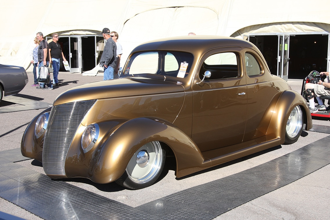 1937-ford-business-coupe-01
