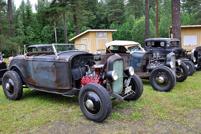 Collector: Dusters member Ronnie Lindblom, who collects nostalgia parts, got ahold of this roadster in parts from an old hot rodder in California. It is now all together with an original frame and body, a combination that is getting hard to find.
