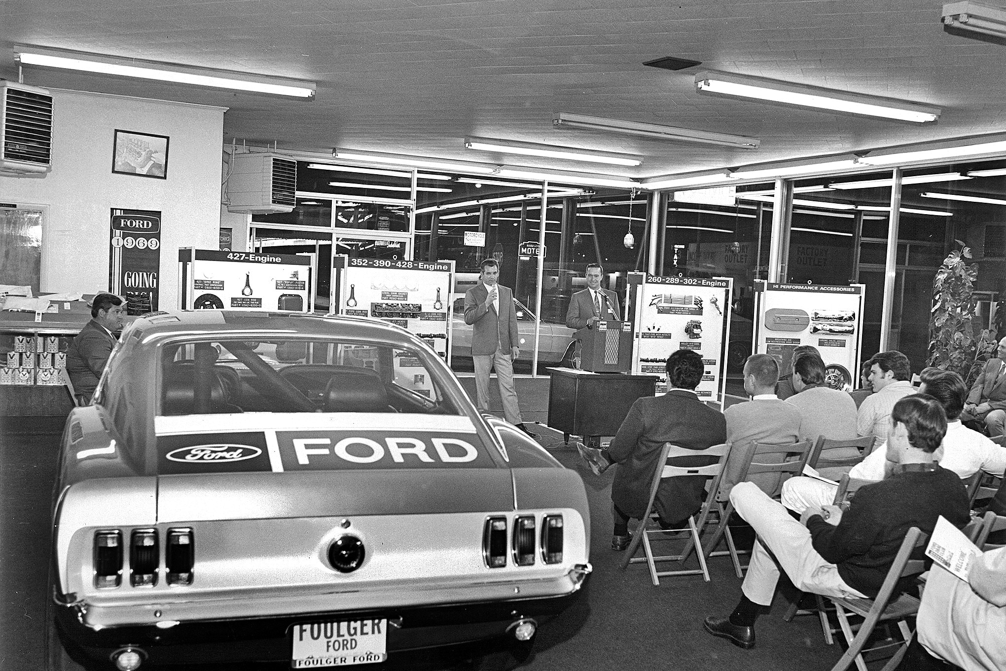 Bob Swaim photo This clinic at Foulger Ford was more than likely a warmup session for the real deal, as not only are Platt and Payne present, but Ed Terry is as well.