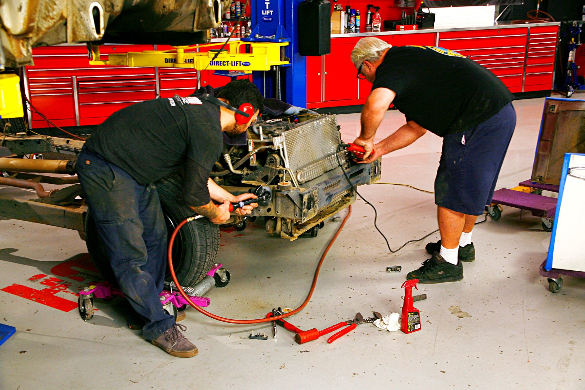 hight resolution of tony and lucky next began fitting the f 100 to the police car frame