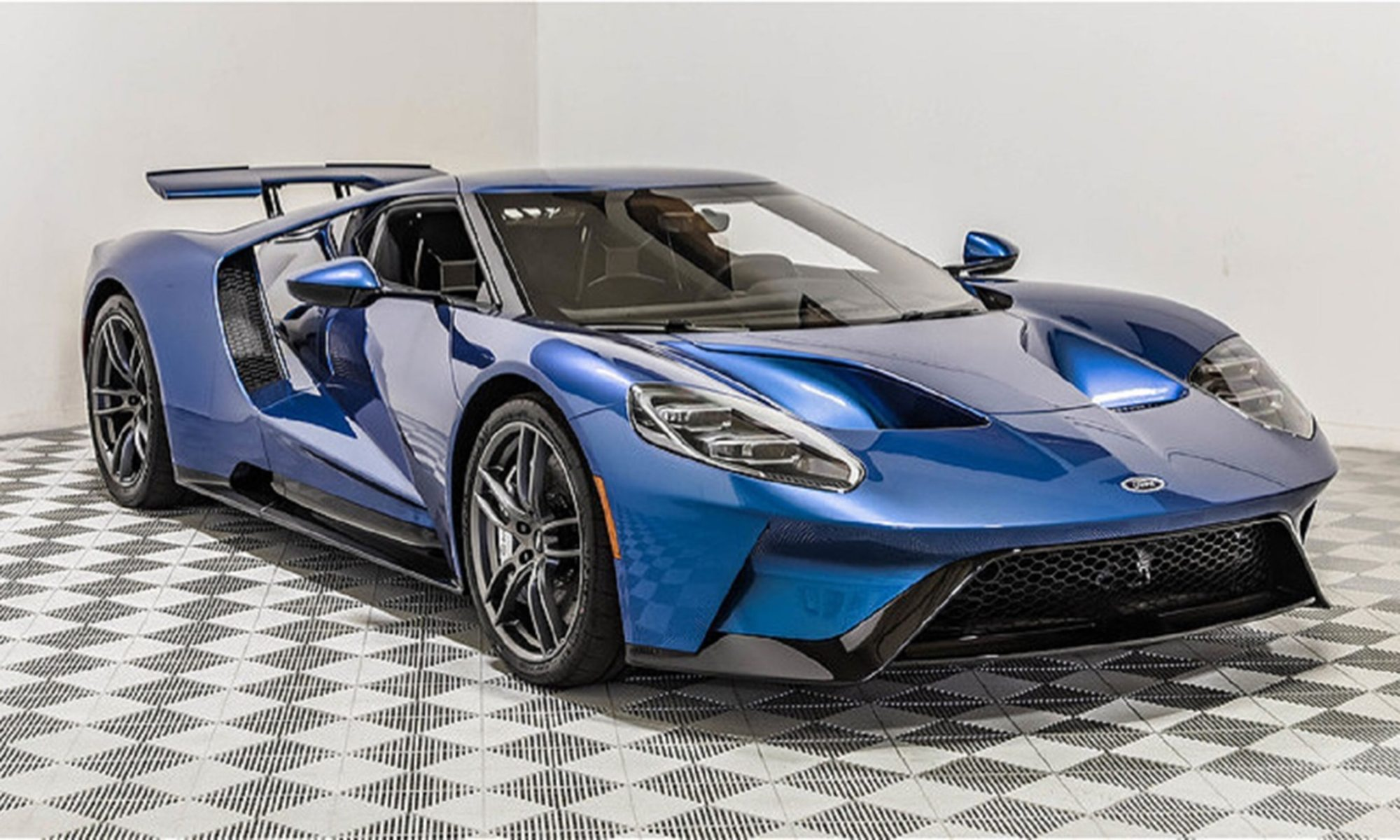 hight resolution of john cena s old 2017 ford gt to cross the auction block at monterey car week