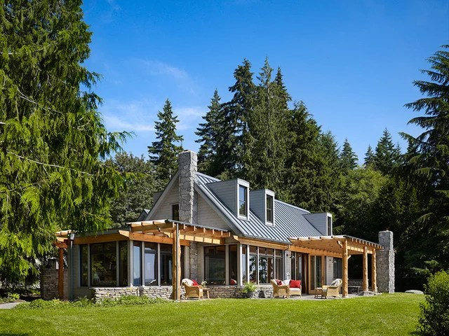 Curb Appeal: 10 Updated Architectural Styles