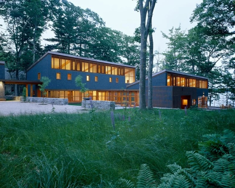Modern Exterior by Eric Reinholdt, Architect