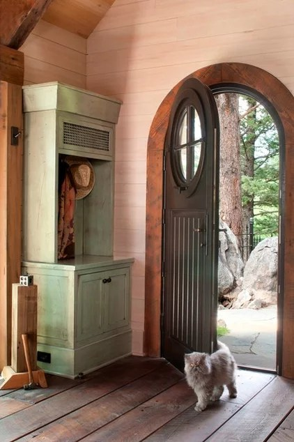 rustic entry by TKP Architects pc