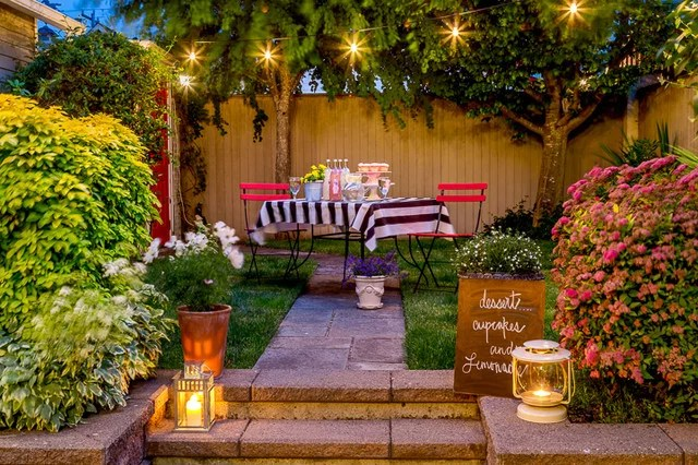 traditional patio by Cassie Daughtrey Realogics Sotheby's Realty