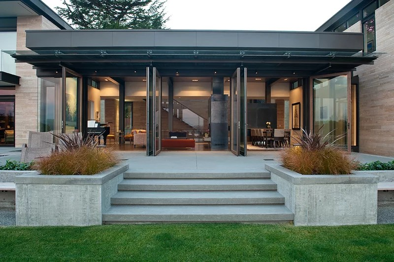 Contemporary Patio by Stuart Silk Architects | Limited PS