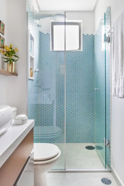 Eclectic Bathroom by Alma em Design