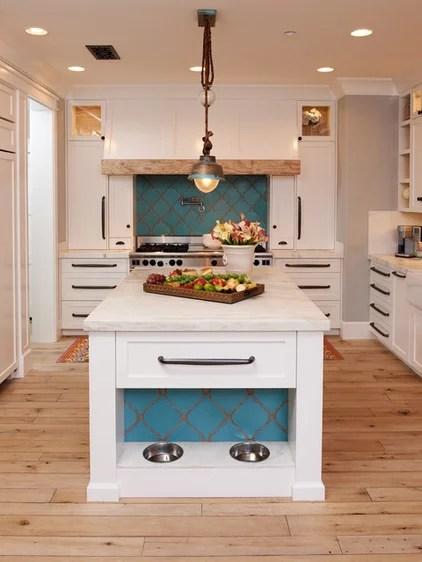 Mediterranean Kitchen by Intimate Living Interiors