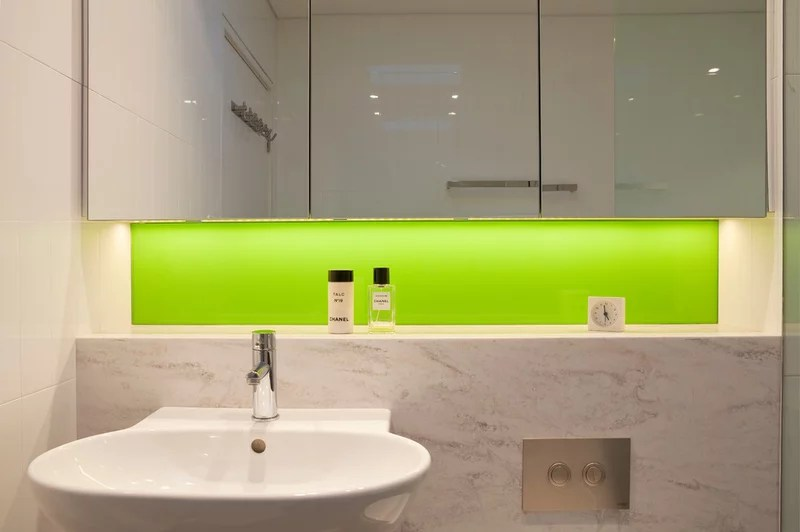 Contemporary Bathroom by Greenbox Architecture