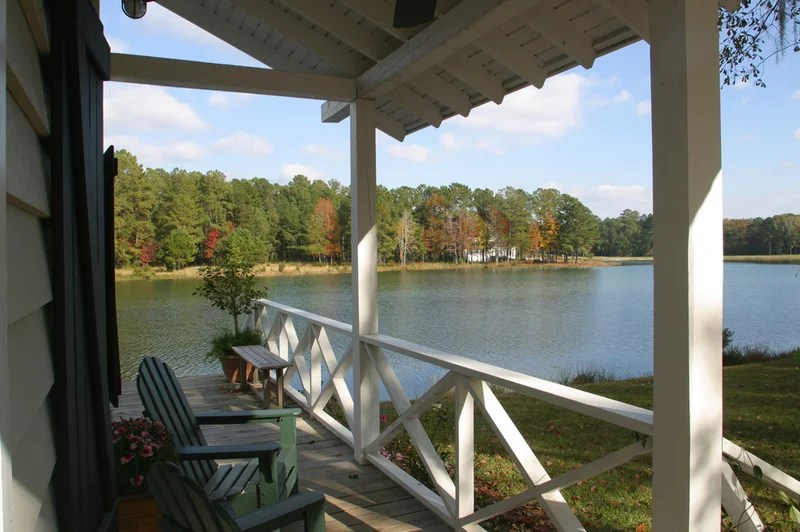 traditional deck by Gerald D. Cowart, AIA, LEED  AP