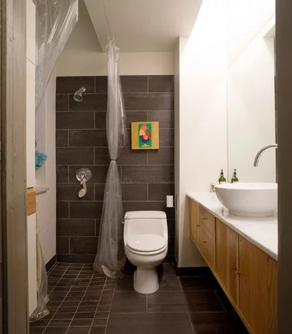 contemporary bathroom by roomTEN design