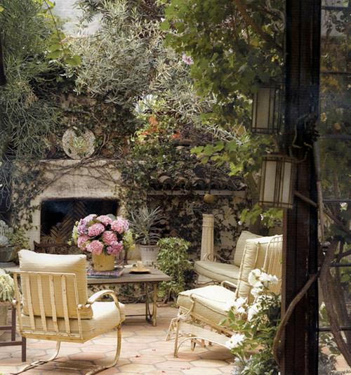 beverly drive - garden eclectic patio