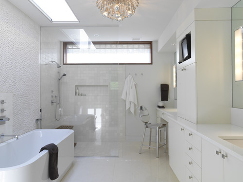 Woodvalley House - Bathroom contemporary bathroom