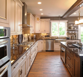 Olentangy Falls ~ Delaware, OH contemporary kitchen
