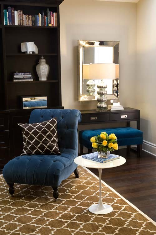 Vanessa De Vargas  living room