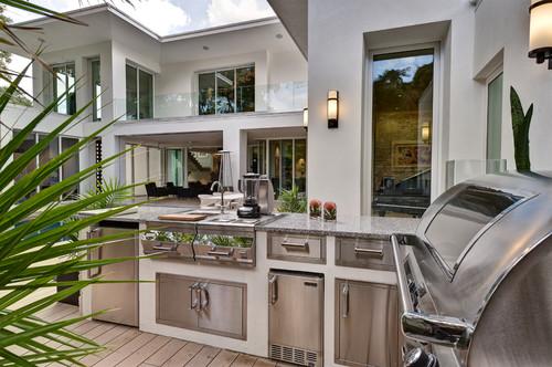 2012 New American Home contemporary patio
