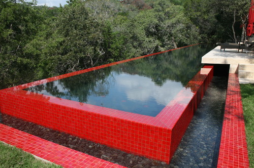 Matador modern pool