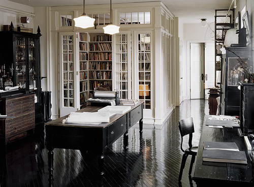 Study/Library traditional home office