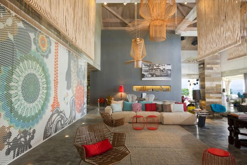 eclectic living room lounge