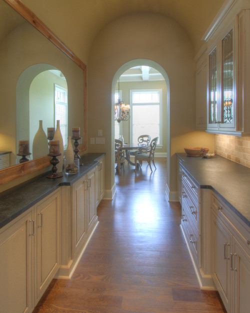 traditional kitchen by Richard Taylor Architects