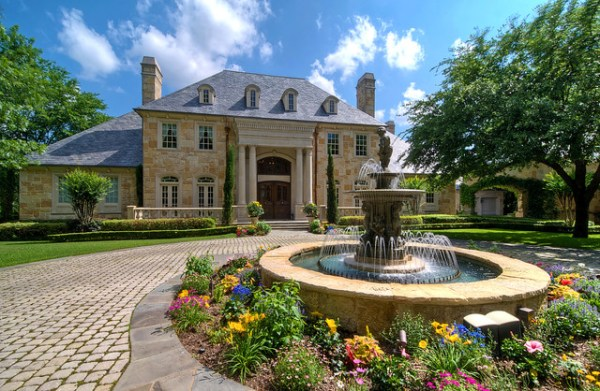 luxury estate property - traditional