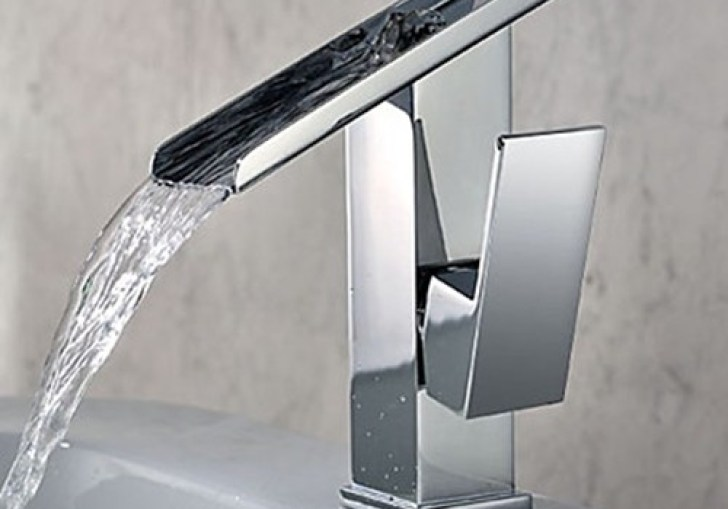 Modern Bathroom Sinks And Faucets