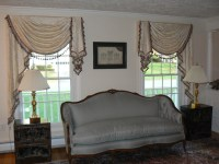 Valances - Traditional - Living Room - other metro - by ...