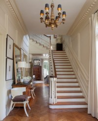 CLEAN TRADITIONAL - Traditional - Staircase - other metro ...