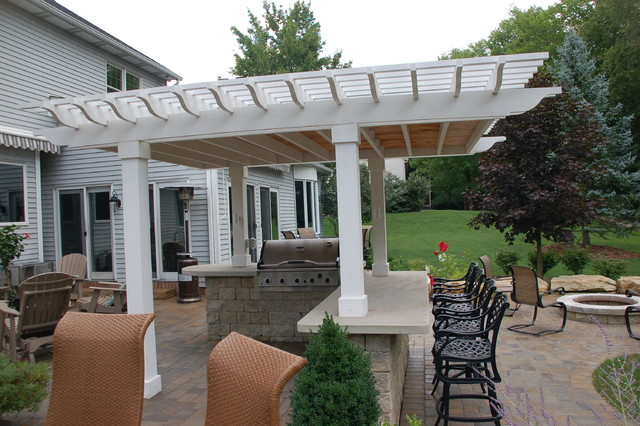 Patio With Covered Bar And Grill  Traditional  Patio