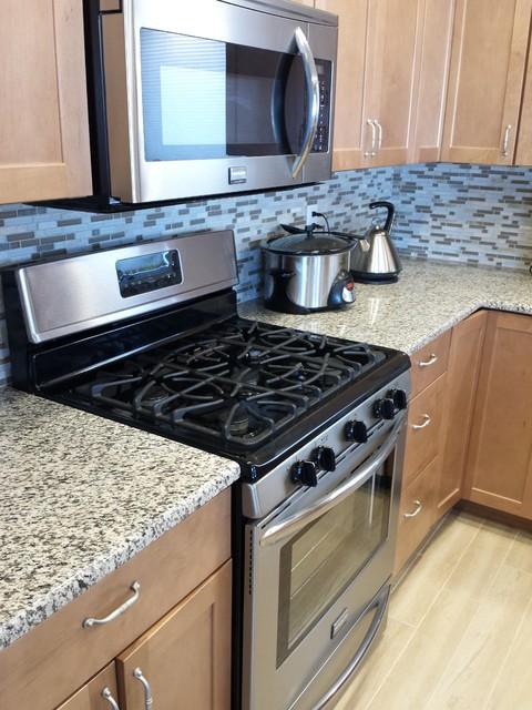 Tiger Skin Granite Countertops Modern Kitchen Cedar Rapids