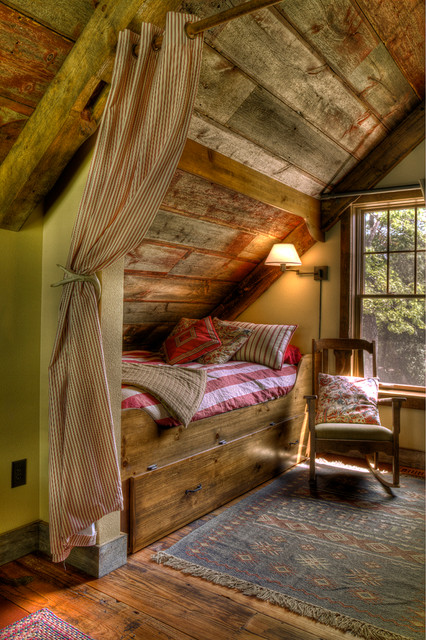 Sleeping Nook rustic bedroom