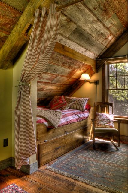 Sleeping Nook rustic bedroom