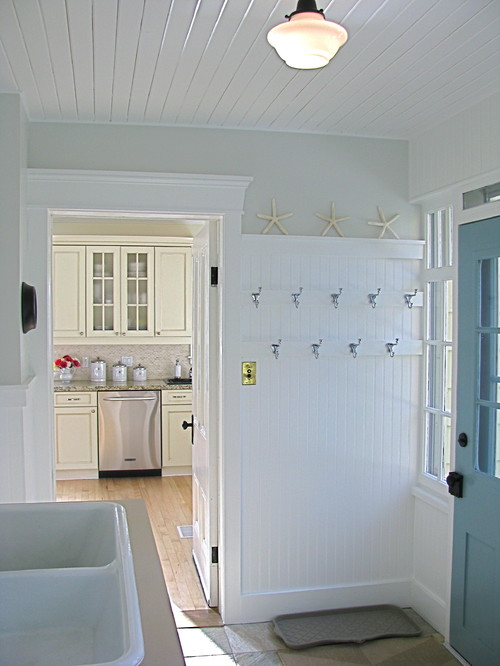 Mudrooms Should You Stage One In Your Listing?