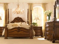 Villa Clare Master Bedroom - Traditional - other metro ...
