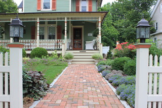 front yard landscape historic house