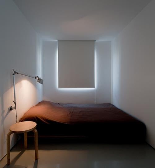 Small Minimalist Bedroom - Asian - other metro