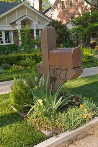 craftsman mailbox & garden