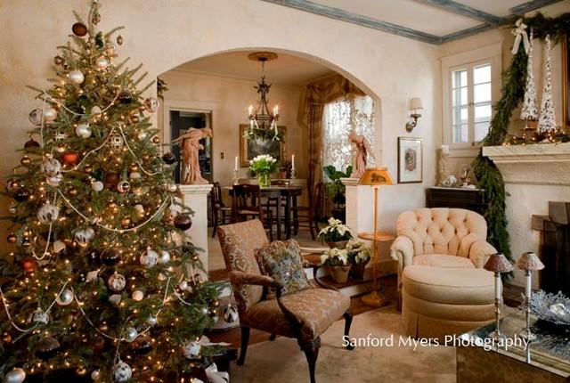 Christmas Tree  Traditional  Living Room  nashville