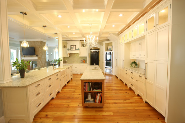 Florida Kitchen with Heart Pine Flooring  Contemporary