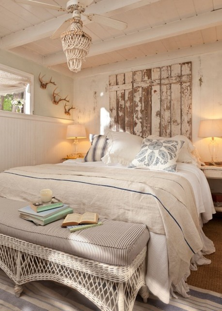 Vintage-Inspired Inglewood Cottage rustic-bedroom