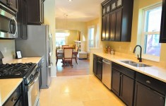 Perfect Galley Kitchen Remodels That Abound With Charming Traditional Touch