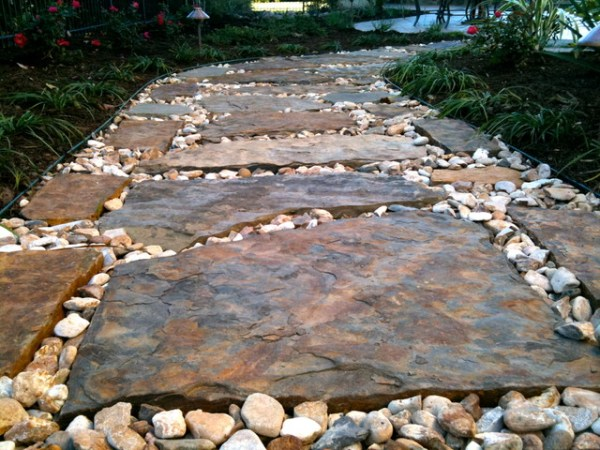 flagstone pathway - traditional